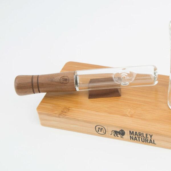 Marley Large Steam Roller - Γυάλινη Πίπα με Ξύλο κομμάτια σε ξύλινη βάση.